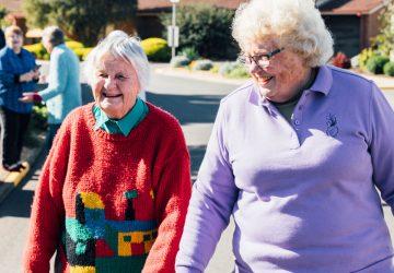 mbl-villages-two-ladies